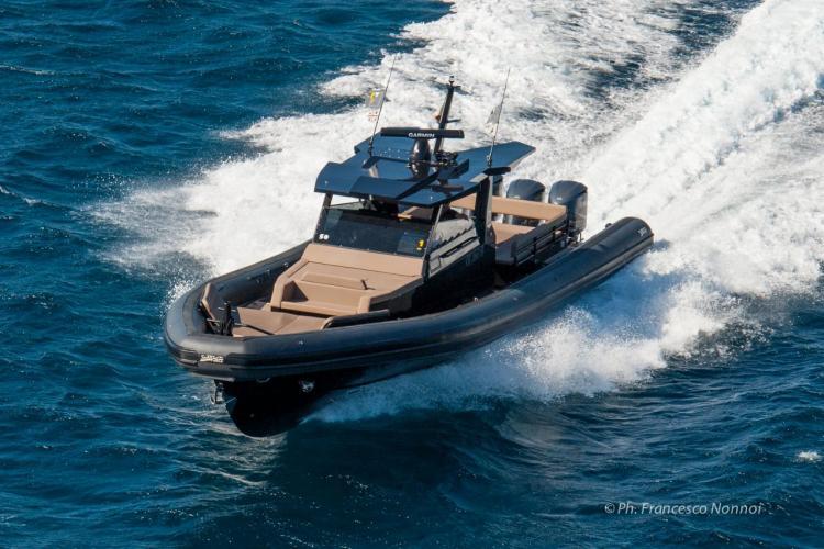 Sea Water - Yachts semi-rigides