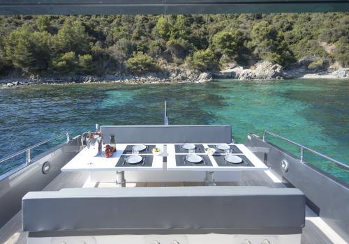 MED YACHT SERA PRESENT AU SALON DE CANNES AVEC LE MED 52 ET LA GAMME SEA WATER