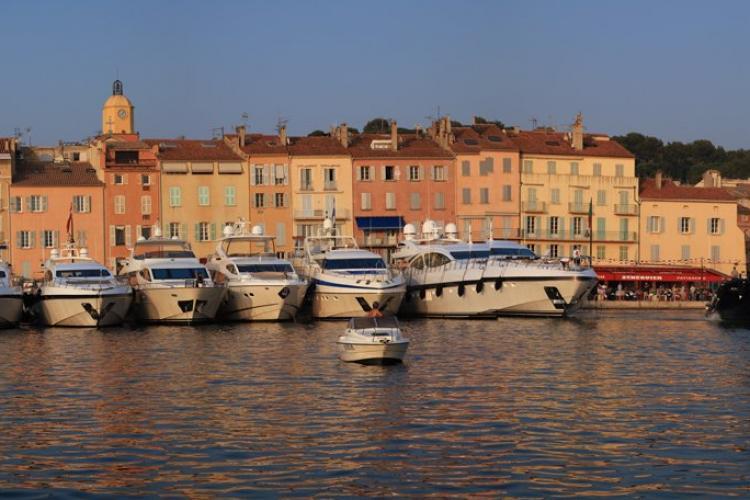 Location et Vente de Places de port dans le Golfe de Saint-Tropez